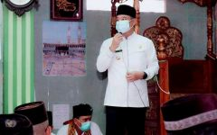 Bupati Lahat Melaksanakan Sholat Jum'at di Masjid Nurul Huda Desa Ulak Pandan