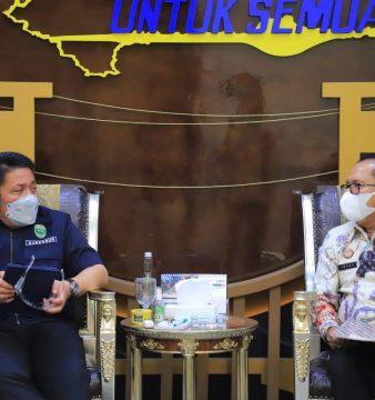 Gubernur Sumsel Herman Deru dan Kakanwil Kemenkumham Sumsel Indro Purwoko