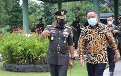Bupati Lahat, Cik Ujang SH Menghadiri Upacara Penutupan Dikmata TNI AD Gelombang II Tahun 2020